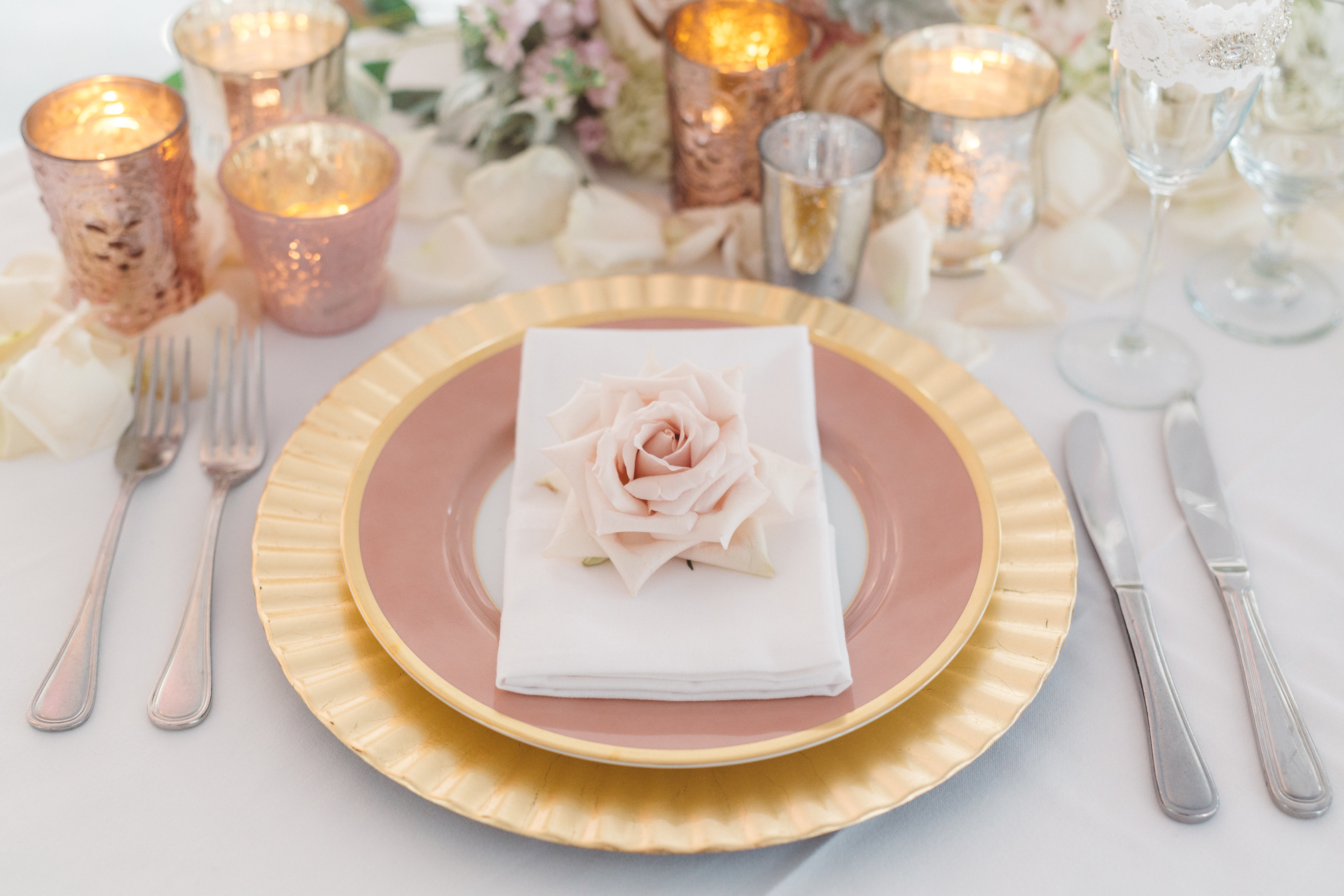 Anna Delores Photography elegant Malibu-Wedding-Pink