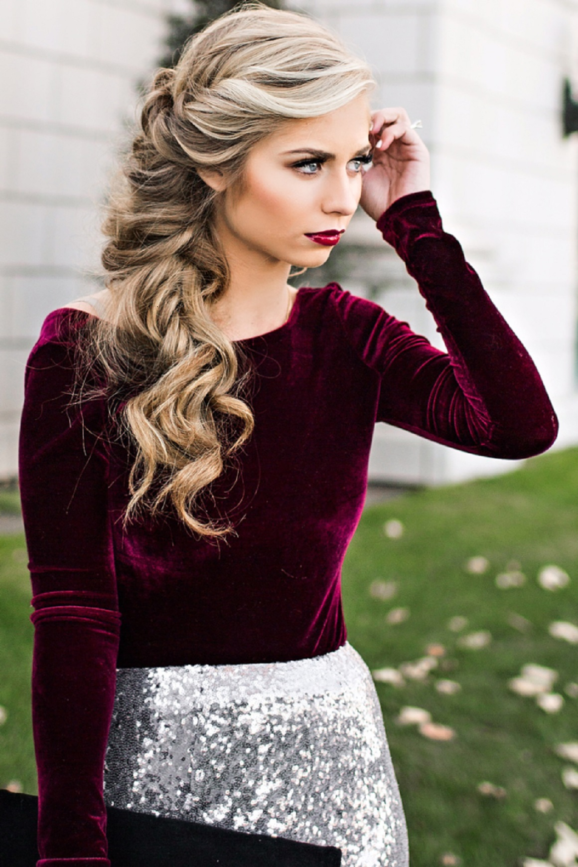 Holiday Party Style, Holiday outfits, Party attire, Holiday Fashion, Velvet