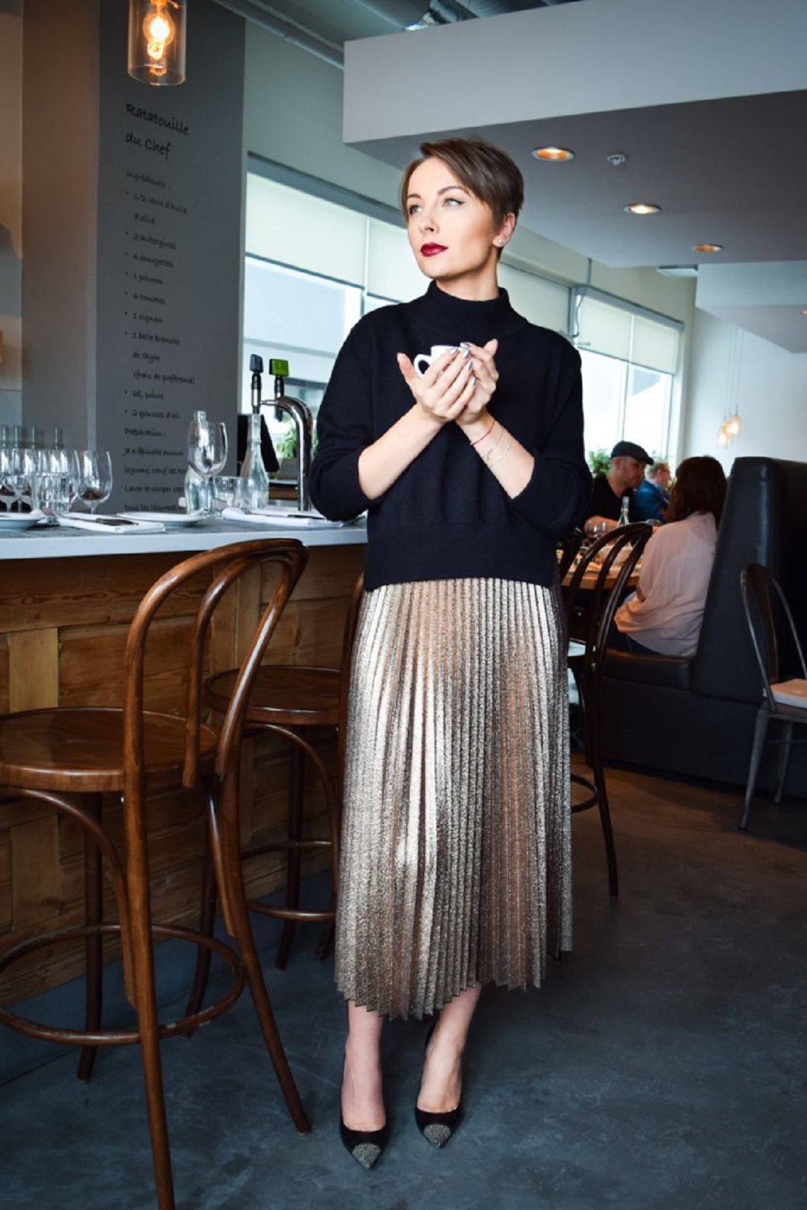 Holiday Party Style, Holiday outfits, Party attire, Holiday Fashion,